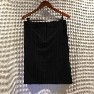 BCBG maxazria  pencil skirt with side slits